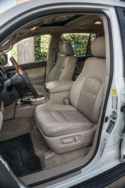 2013 Toyota Land Cruiser - 56K MILES - NAVI - DVD - 3RD ROW Reseda, CA 33