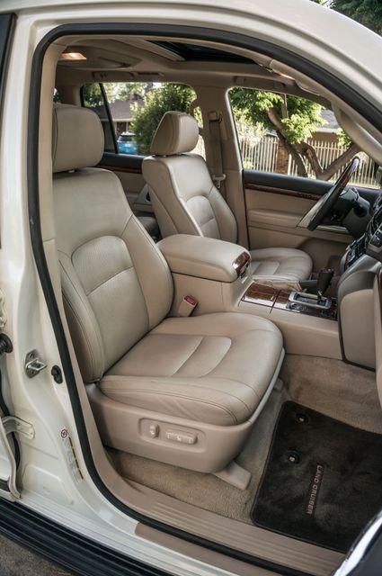 2013 Toyota Land Cruiser - 56K MILES - NAVI - DVD - 3RD ROW Reseda, CA 36