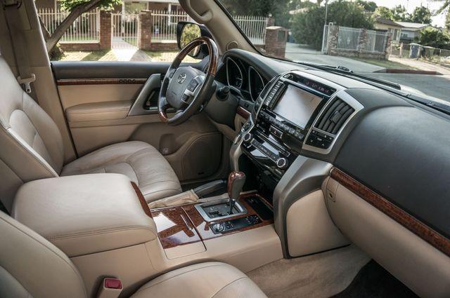 2013 Toyota Land Cruiser - 56K MILES - NAVI - DVD - 3RD ROW Reseda, CA 39