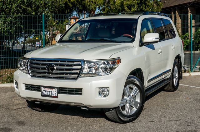 2013 Toyota Land Cruiser - 56K MILES - NAVI - DVD - 3RD ROW Reseda, CA 49