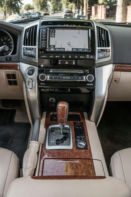 2013 Toyota Land Cruiser - 56K MILES - NAVI - DVD - 3RD ROW Reseda, CA 24