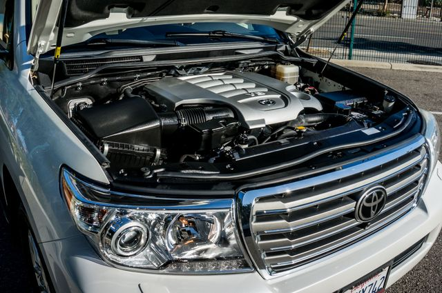 2013 Toyota Land Cruiser - 56K MILES - NAVI - DVD - 3RD ROW Reseda, CA 46