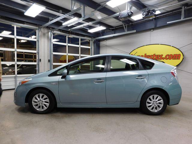 2013 Toyota Prius Plug-In in Airport Motor Mile ( Metro Knoxville ), TN 37777