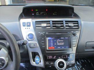 2013 Toyota Prius v Two Farmington, MN 4