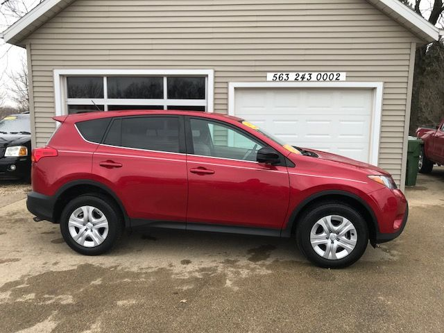 2013 Toyota RAV4 LE in Clinton, IA 52732