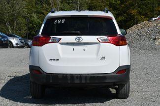 2013 Toyota RAV4 LE Naugatuck, Connecticut 3