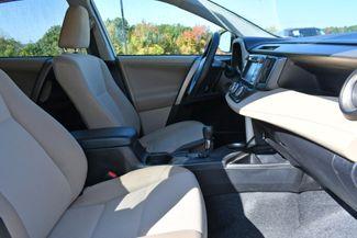 2013 Toyota RAV4 LE Naugatuck, Connecticut 9