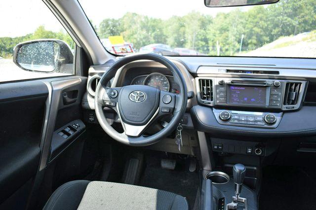 2013 Toyota RAV4 XLE AWD Naugatuck, Connecticut 18