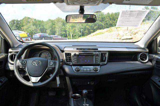 2013 Toyota RAV4 XLE AWD Naugatuck, Connecticut 19