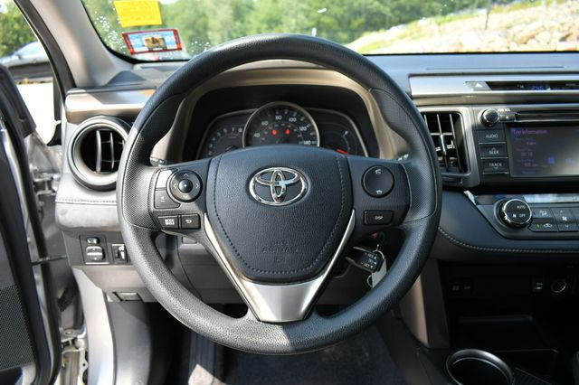 2013 Toyota RAV4 XLE AWD Naugatuck, Connecticut 24