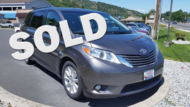 2013 Toyota Sienna XLE | Ashland, OR | Ashland Motor Company in Ashland OR