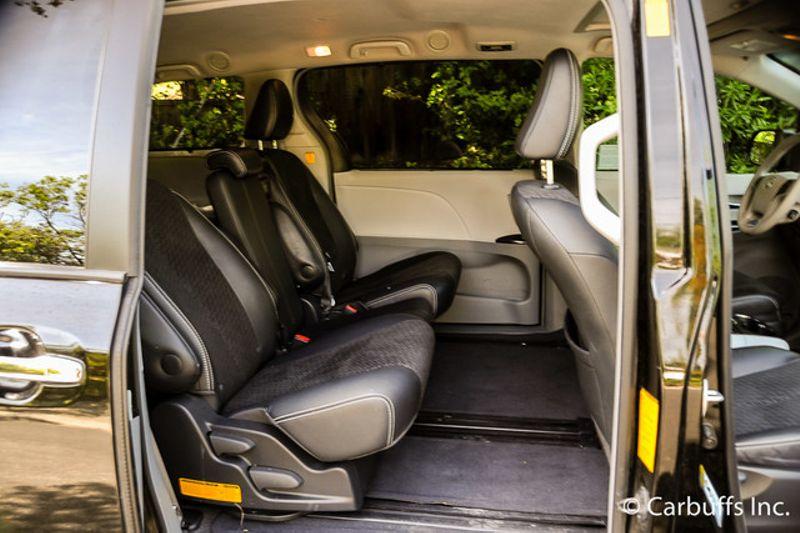 2013 Toyota Sienna SE | Concord, CA | Carbuffs in Concord, CA