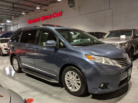 2013 Toyota Sienna XLE in Lake Forest, IL