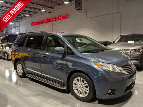 2013 Toyota Sienna XLE HANDICAP ACCESSIBLE in Lake Forest, IL
