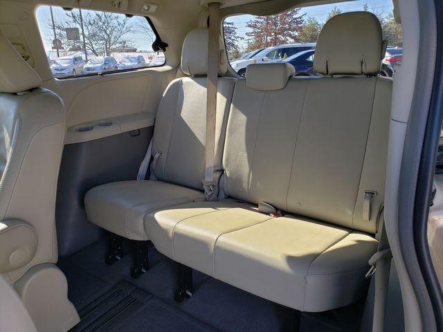 2013 Toyota Sienna XLE in Louisville, TN 37777