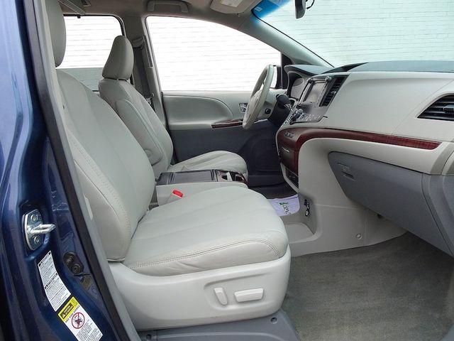 2013 Toyota Sienna XLE Madison, NC 43