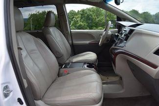 2013 Toyota Sienna Limited Naugatuck, Connecticut 9