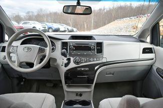 2013 Toyota Sienna LE Naugatuck, Connecticut 16