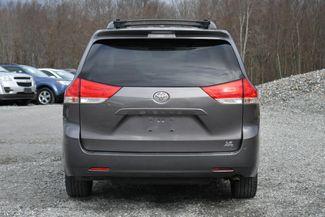 2013 Toyota Sienna LE Naugatuck, Connecticut 3
