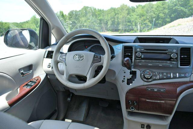 2013 Toyota Sienna XLE Naugatuck, Connecticut 17