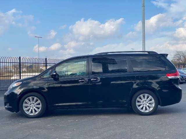 2013 Toyota Sienna Limited in San Antonio, TX 78233