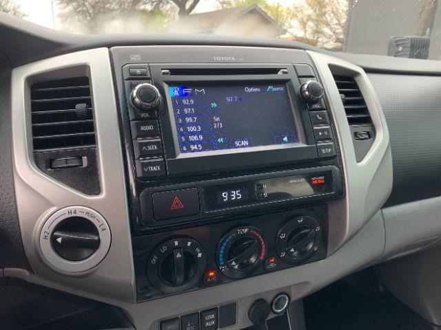 2013 Toyota Tacoma Double Cab V6 Auto 4WD in San Antonio, TX 78233