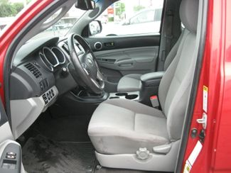 2013 Toyota Tacoma   city CT  York Auto Sales  in West Haven, CT