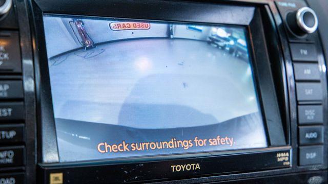 2013 Toyota Tundra Platinum 4x4 in Addison, Texas 75001
