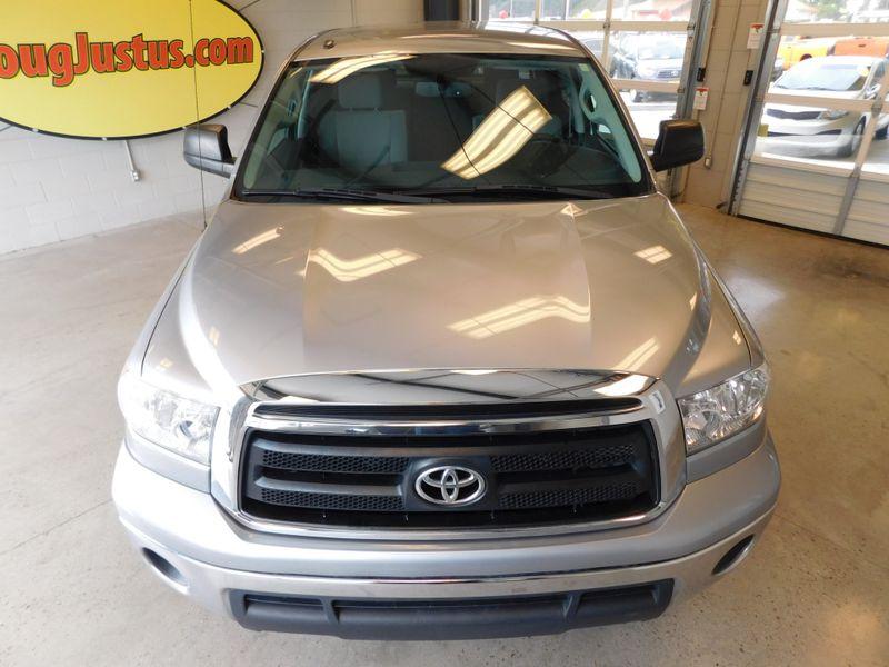 2013 Toyota Tundra CREWMAX SR5  city TN  Doug Justus Auto Center Inc  in Airport Motor Mile ( Metro Knoxville ), TN