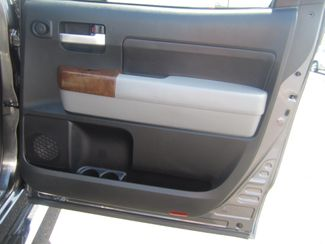 2013 Toyota Tundra Platinum Batesville, Mississippi 34