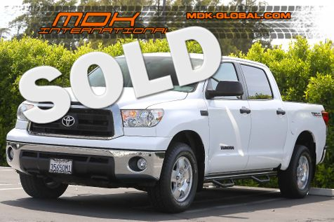 2013 Toyota Tundra - CrewMax - 4WD - 5.7L - Navigation - Back up cam in Los Angeles