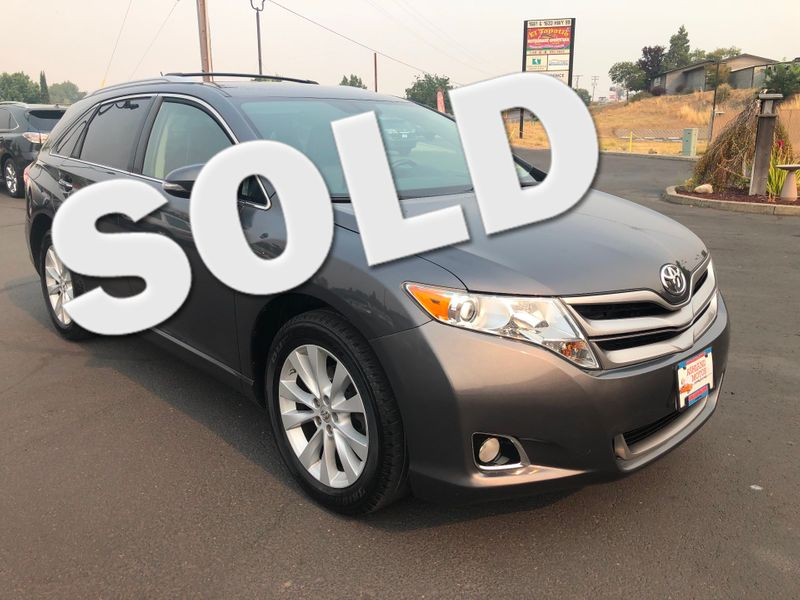 2013 Toyota Venza XLE | Ashland, OR | Ashland Motor Company in Ashland OR
