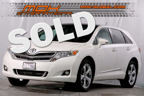2013 Toyota Venza XLE - AWD - Navigation - Pano roof in Los Angeles