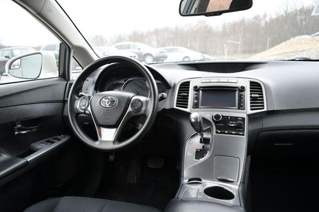 2013 Toyota Venza LE Naugatuck, Connecticut 16
