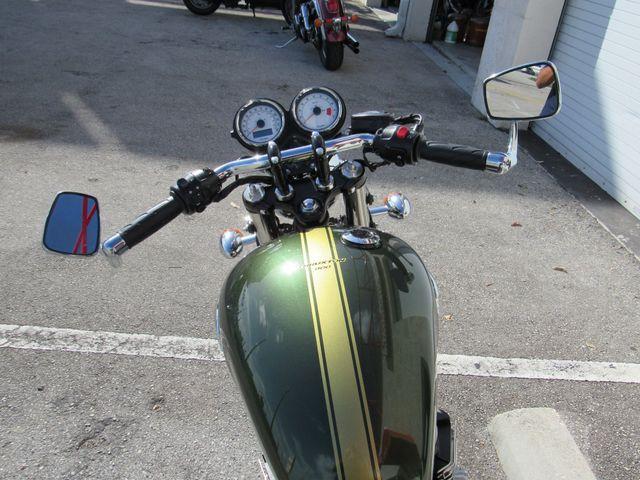 2013 Triumph Thruxton 900 in Dania Beach Florida, 33004