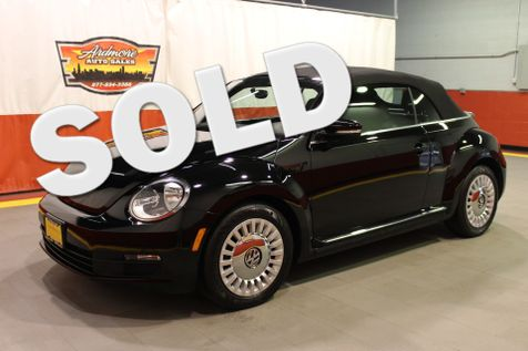 2013 Volkswagen Beetle Convertible 2.5L in West Chicago, Illinois