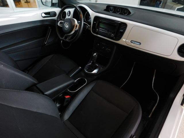 2013 Volkswagen Beetle Coupe 2.0L TDI in Airport Motor Mile ( Metro Knoxville ), TN 37777