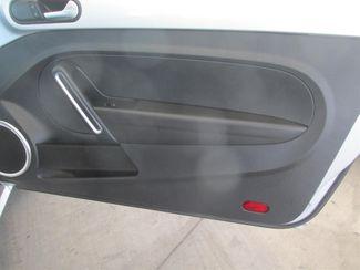 2013 Volkswagen Beetle Coupe 2.5L Gardena, California 12