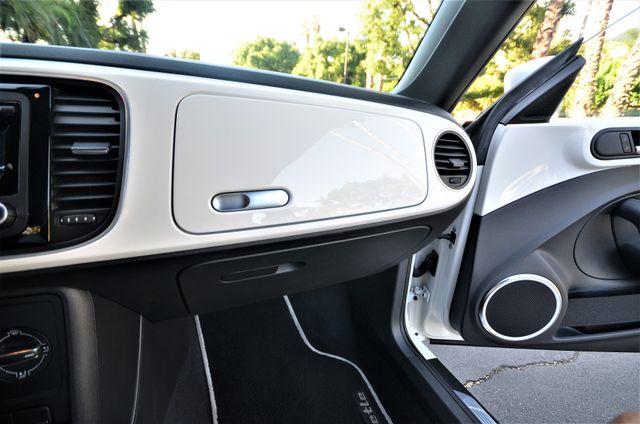 2013 Volkswagen Beetle Coupe 2.5L Reseda, CA 33