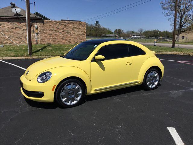 2013 Volkswagen Beetle Coupe 2.5L w/Sun/Sound/Nav in Sulphur Springs, TX 75482