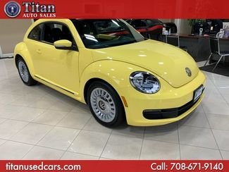 2013 Volkswagen Beetle Coupe 2.5L w/Sun in Worth, IL 60482