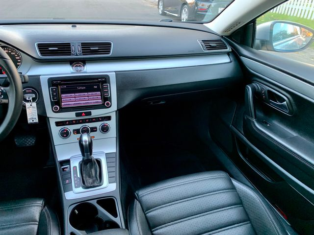 2013 Volkswagen CC SPORT XENON LEATHER NEW TIRES MOONROOF SERVICE RECORDS in Van Nuys, CA 91406