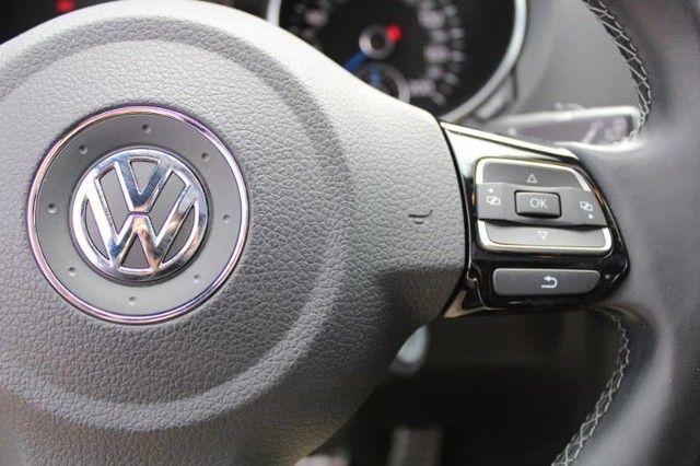 2013 Volkswagen Golf R w/Sunroof & Navigation St. Louis, Missouri 16