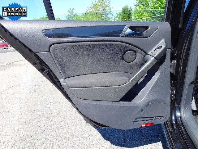 2013 Volkswagen GTI w/Conv & Sunroof Madison, NC 25