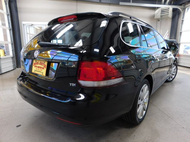 2013 Volkswagen Jetta TDI w/Sunroof in Airport Motor Mile ( Metro Knoxville ), TN 37777