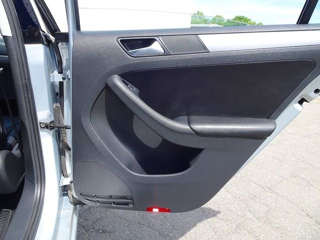 2013 Volkswagen Jetta TDI w/Premium/Nav Madison, NC 30
