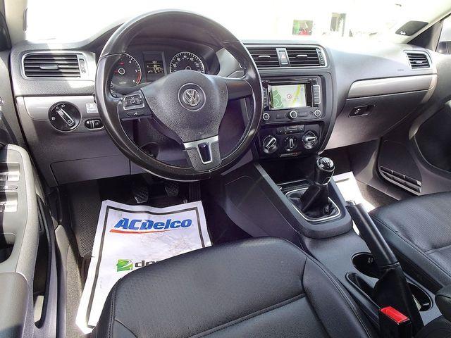 2013 Volkswagen Jetta TDI w/Premium/Nav Madison, NC 34