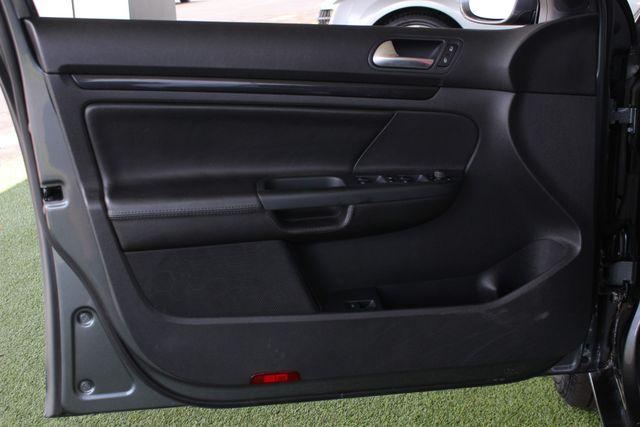 2013 Volkswagen Jetta TDI FWD - ONLY 31K MILES - ONE OWNER! Mooresville , NC 42