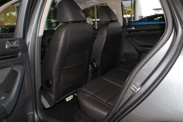 2013 Volkswagen Jetta TDI FWD - ONLY 31K MILES - ONE OWNER! Mooresville , NC 39