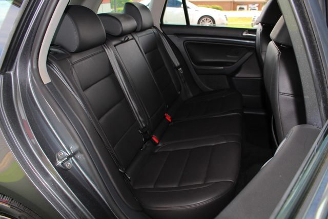 2013 Volkswagen Jetta TDI FWD - ONLY 31K MILES - ONE OWNER! Mooresville , NC 12